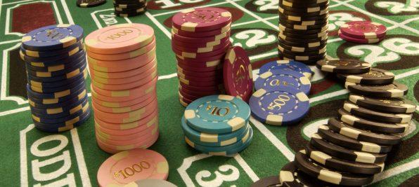 Jouez mieux au poker avec casino-en-ligne-gratuit.pro