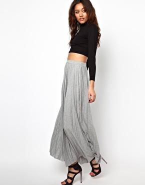 avec quoi porter une jupe longue
